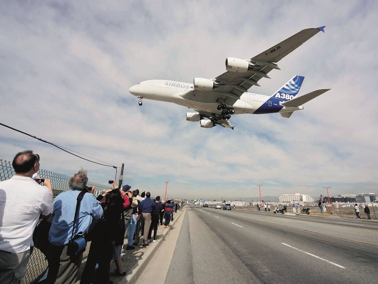 airbus-a-380-ambient-condition.jpg