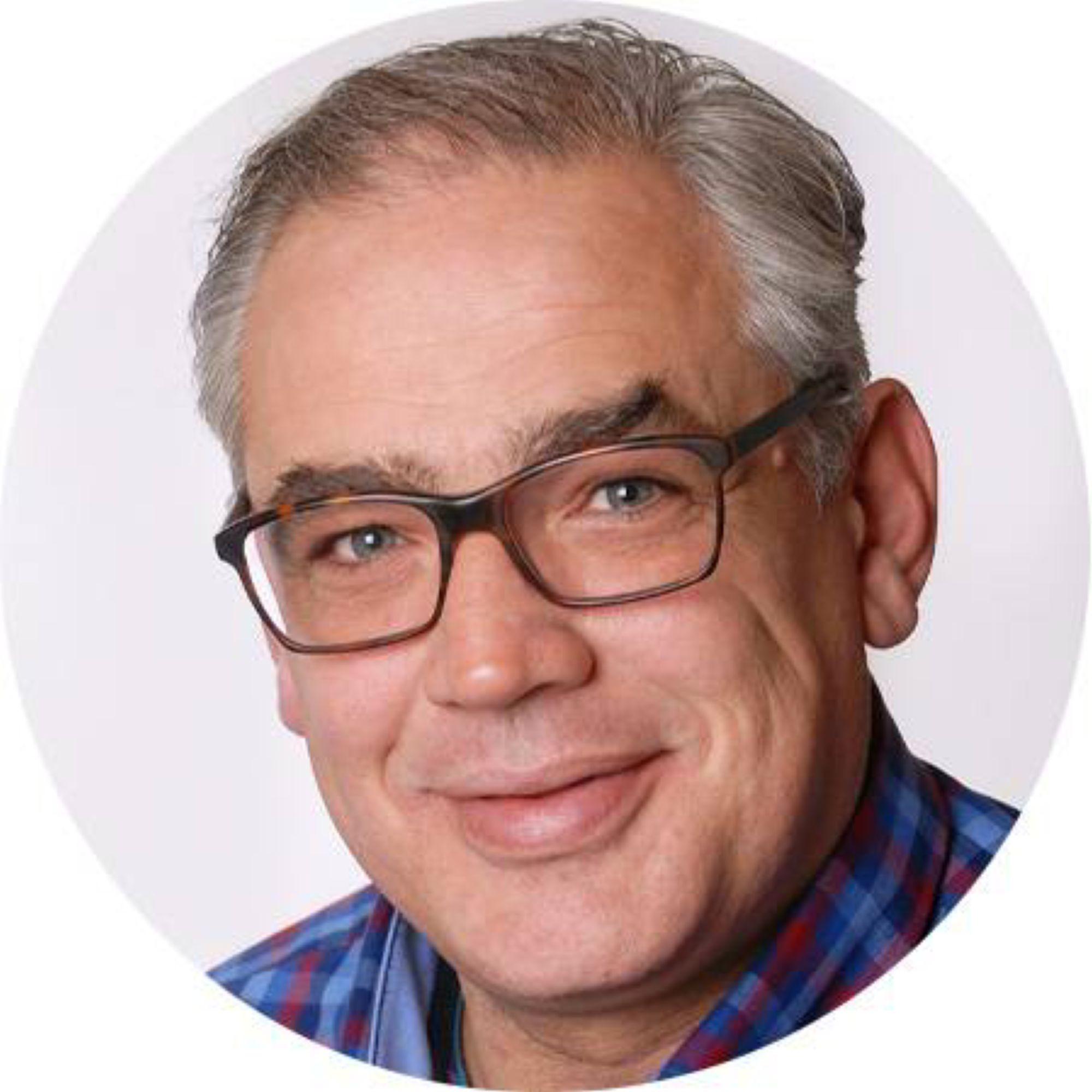 Moderator Frank Hartmann