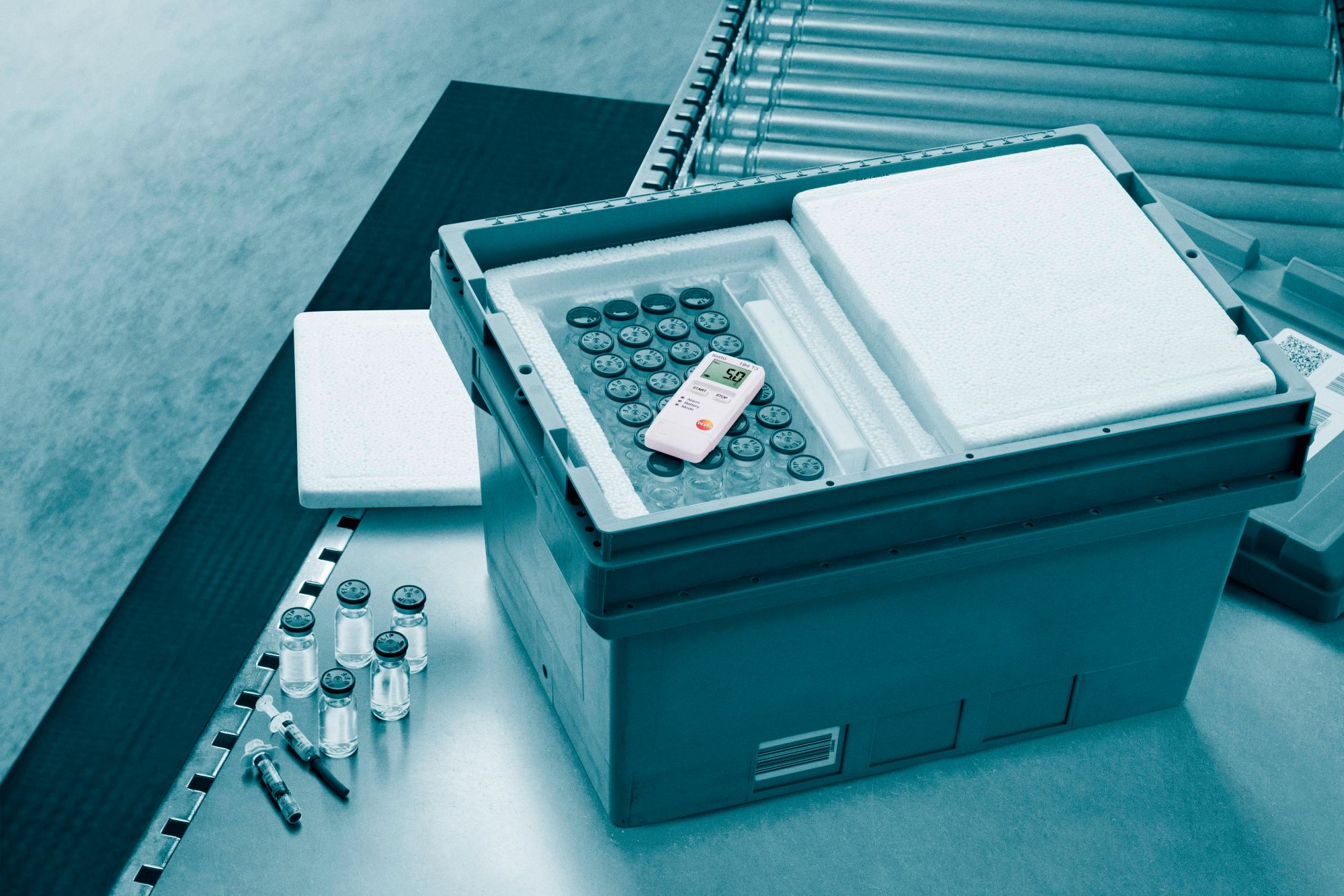 testo-184-pharmacy-transport-box-blue.jpg