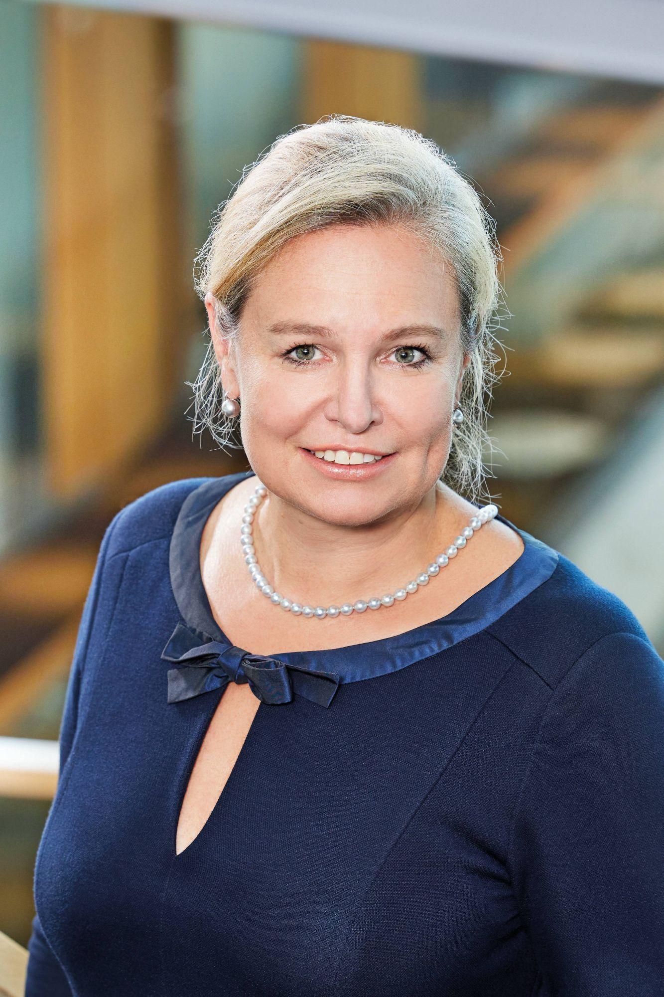 Vorstand-2020-Karoline-Kalb.jpg