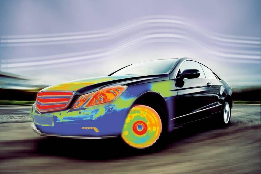 热成像仪可在发动机设计过程中进行热分析,从优化设计、确保安全。