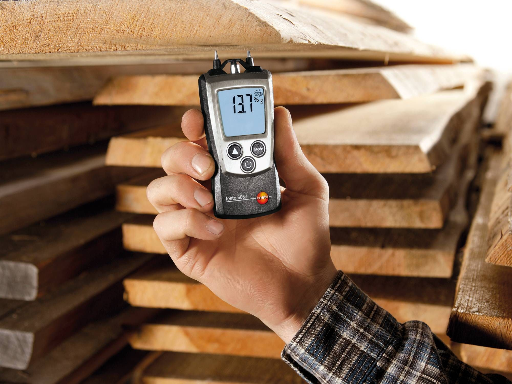 Material moisture measurement