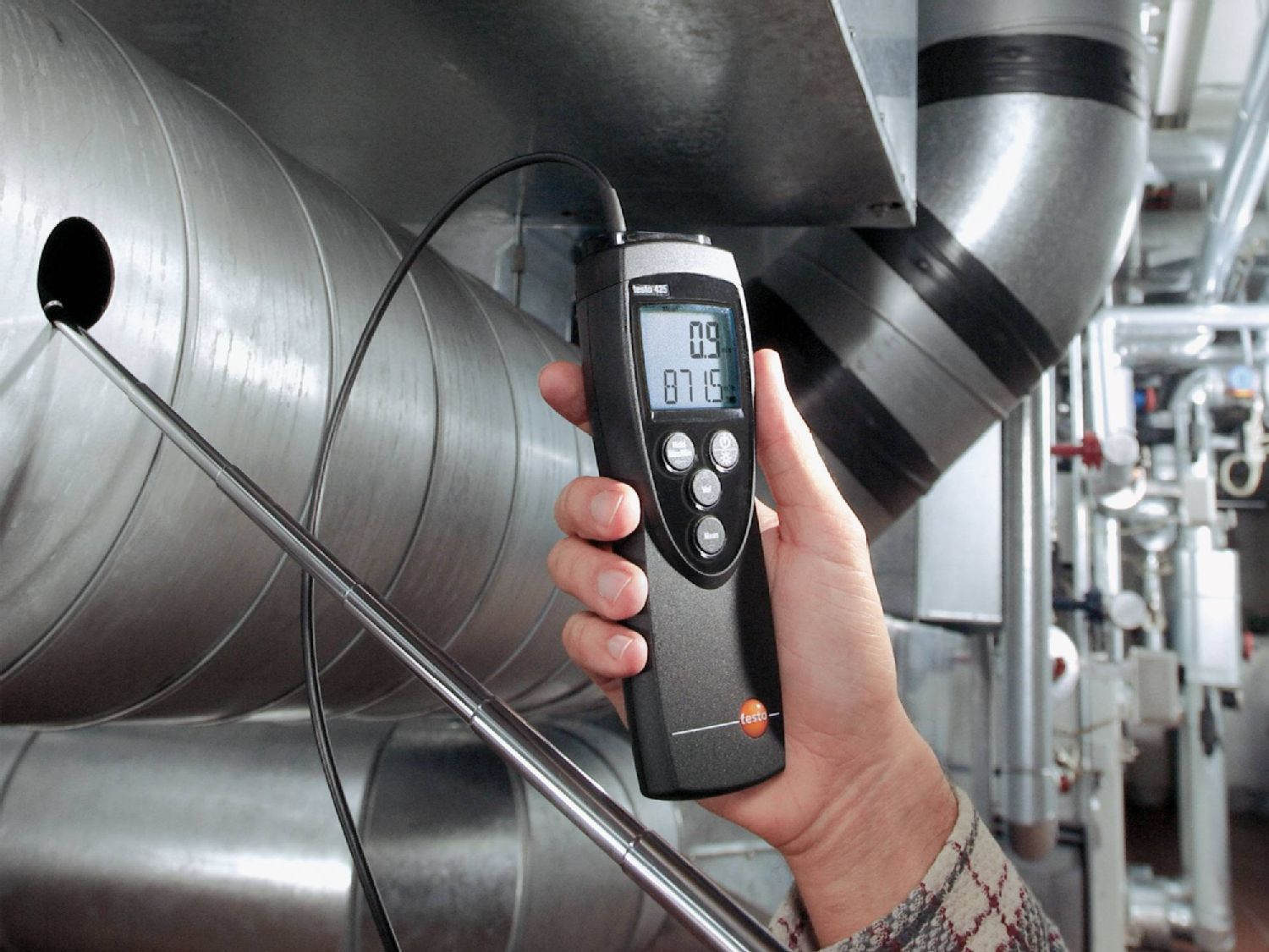 Duct measurement with flow meter