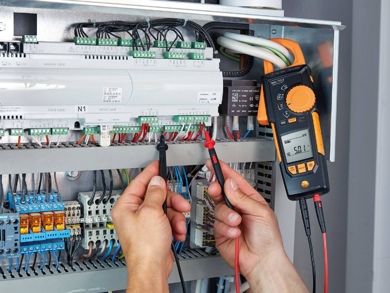Maintenance of electrical systems with clamp meters