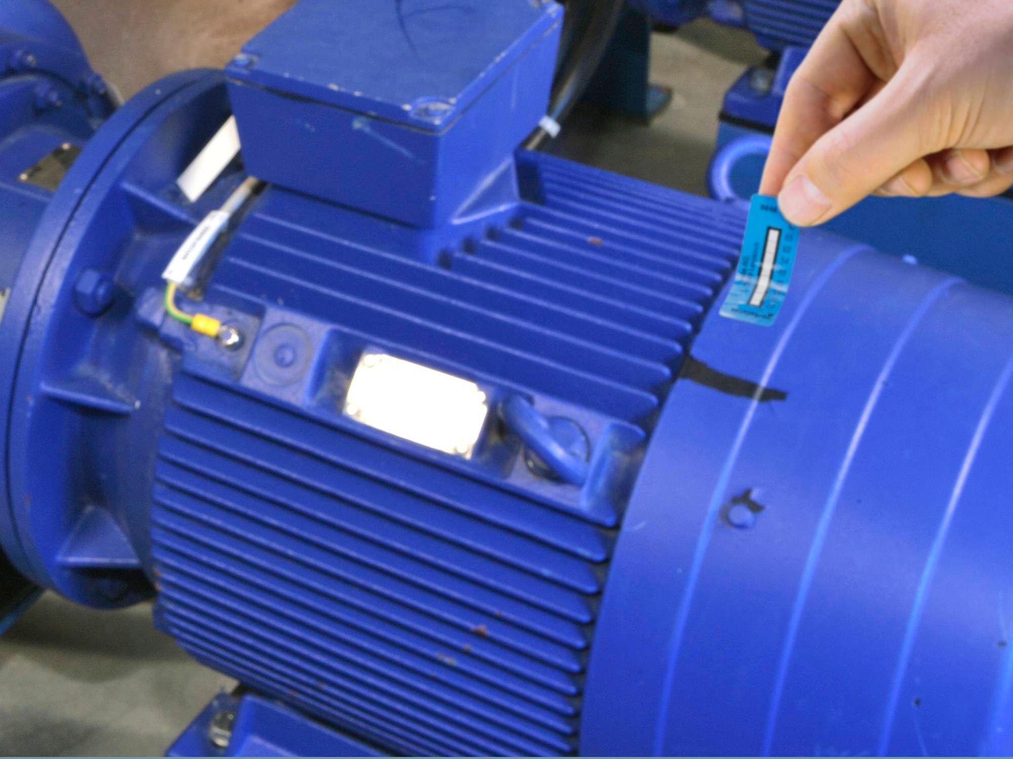 POP-Temperaturmessstreifen-Anwendung-Motor.jpg
