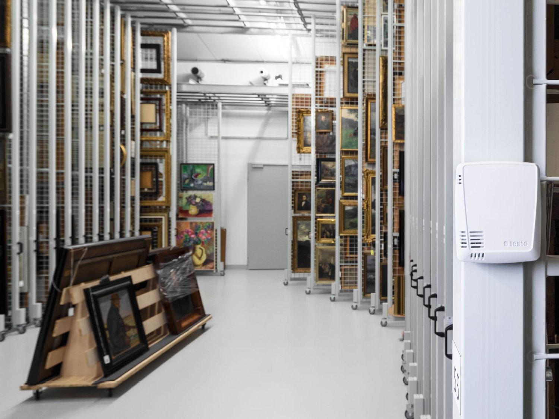 Data logger in storage facility