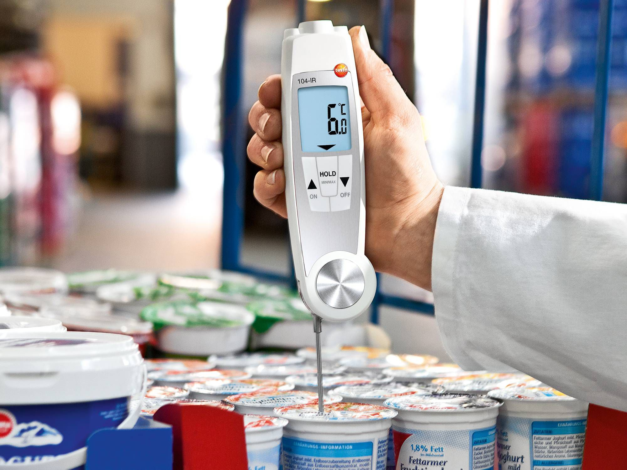 Save time in Incoming Goods with testo 104 IR and testo 826 T4