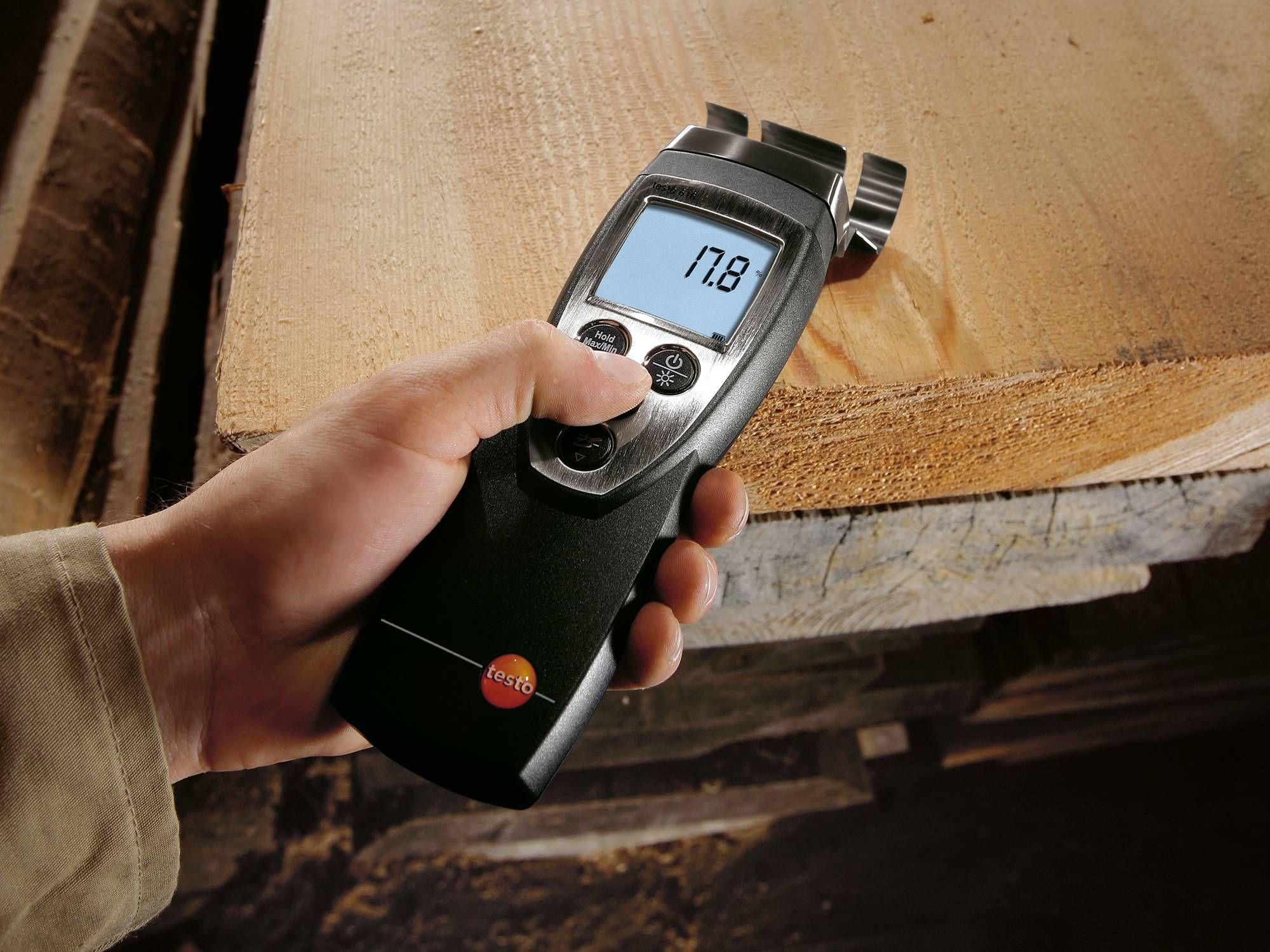 Material moisture meter