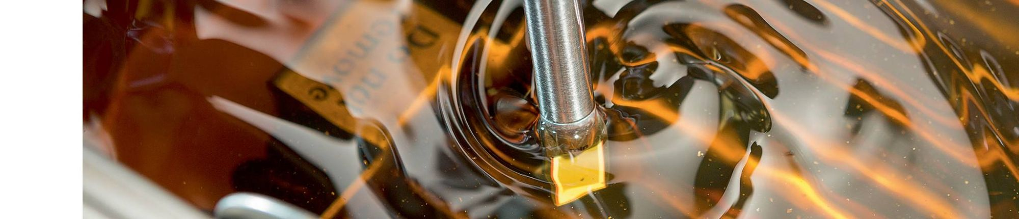 """<strong>Ensure that you are getting the most</strong> out of your cooking oil.<br type=""""_moz"""" />"""