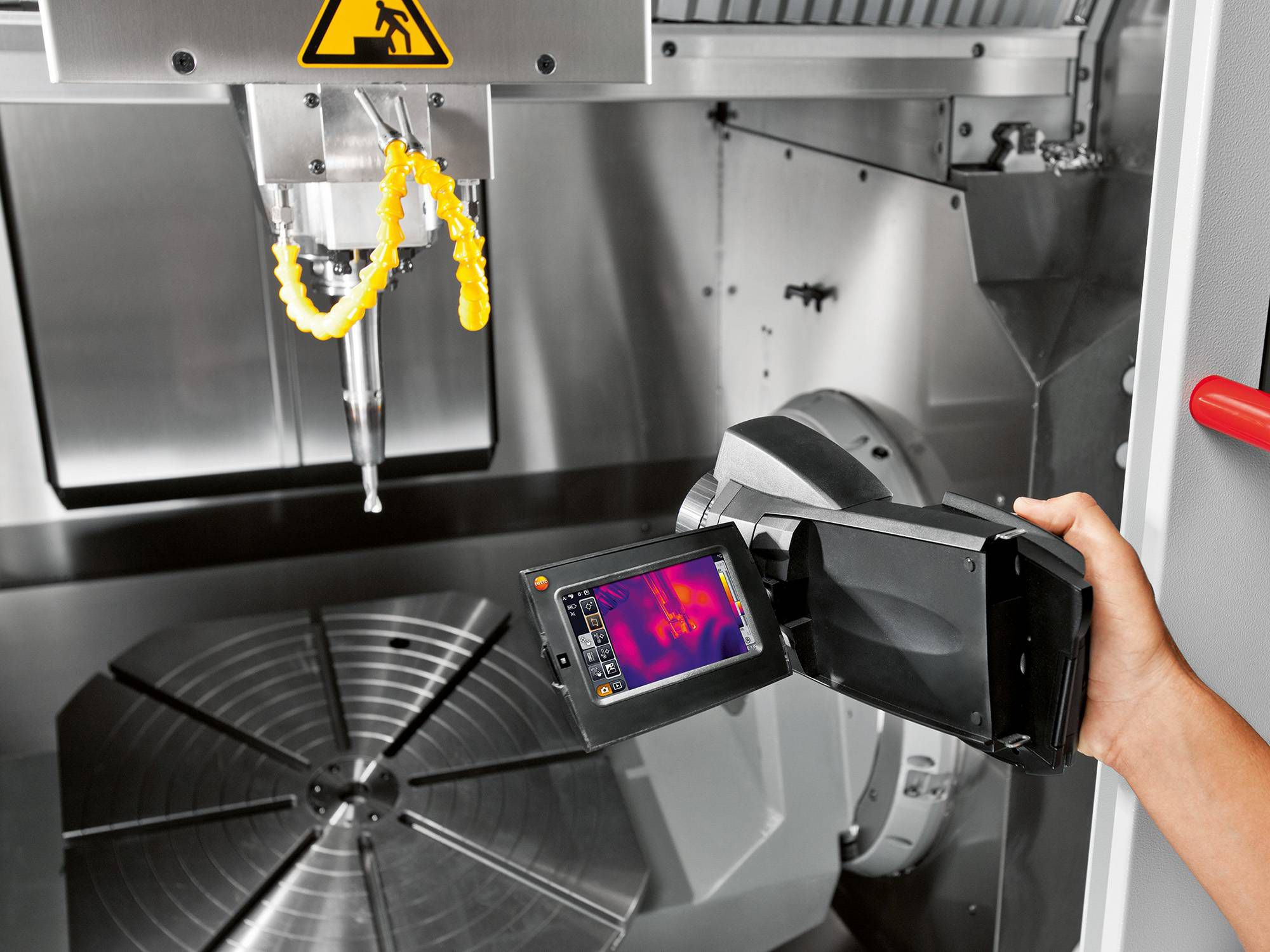 Infrared thermography with testo 885