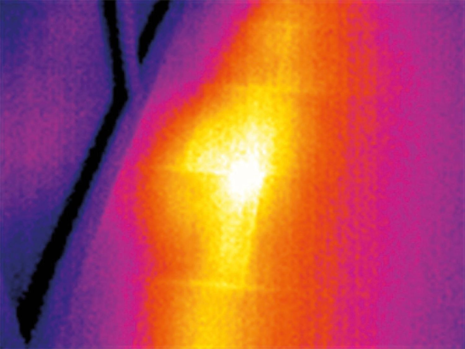 Thermal imager heating