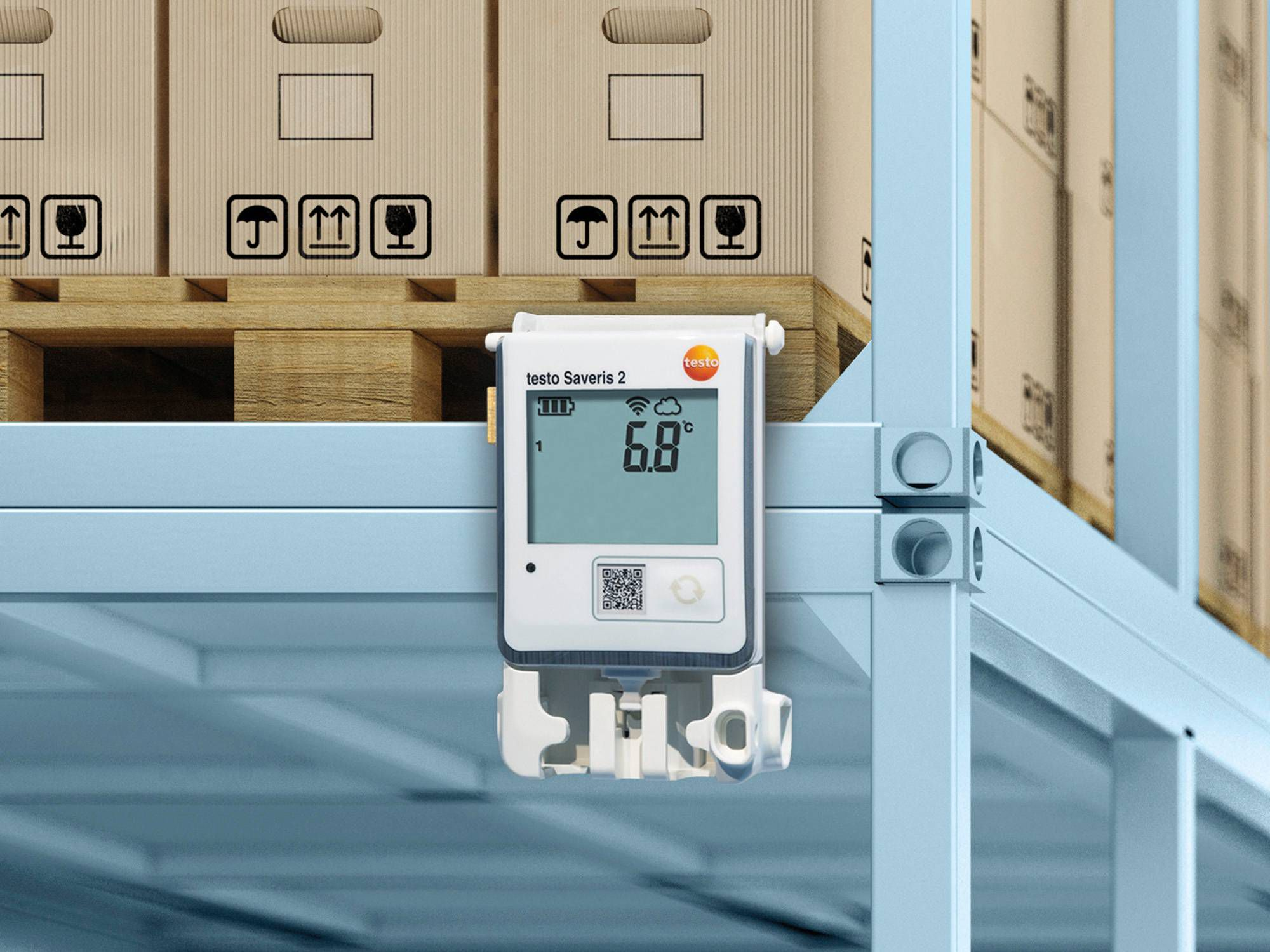 IAQ monitoring in a pharmaceutical warehouse with the testo Saveris 2 radio data logger system