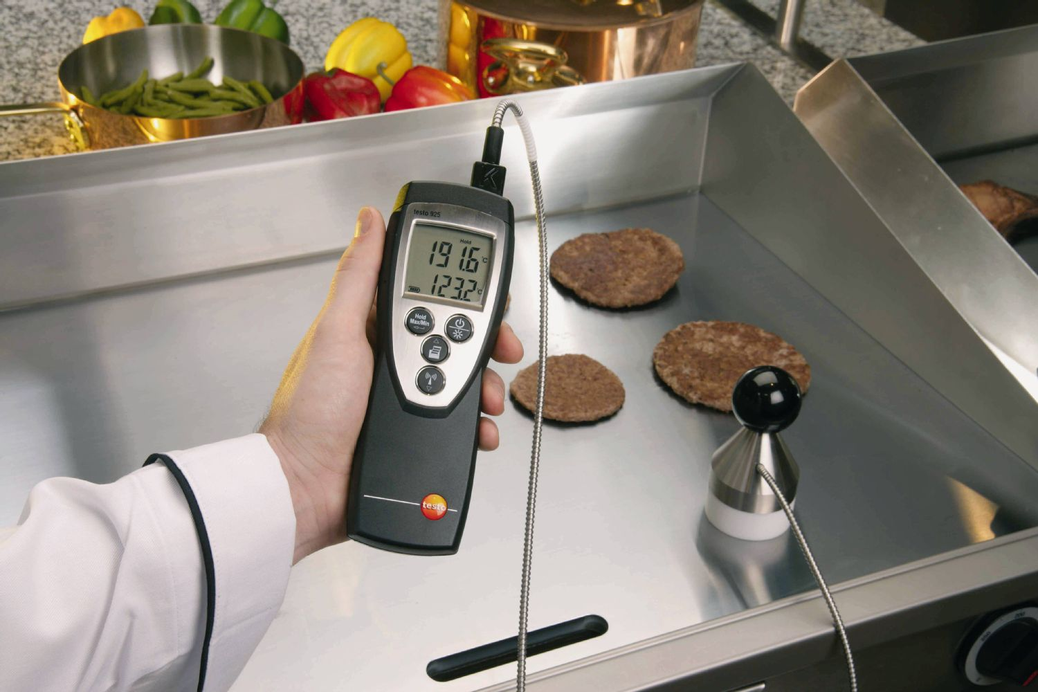 An attachable temperature probe and a radio temperature probe can be connected