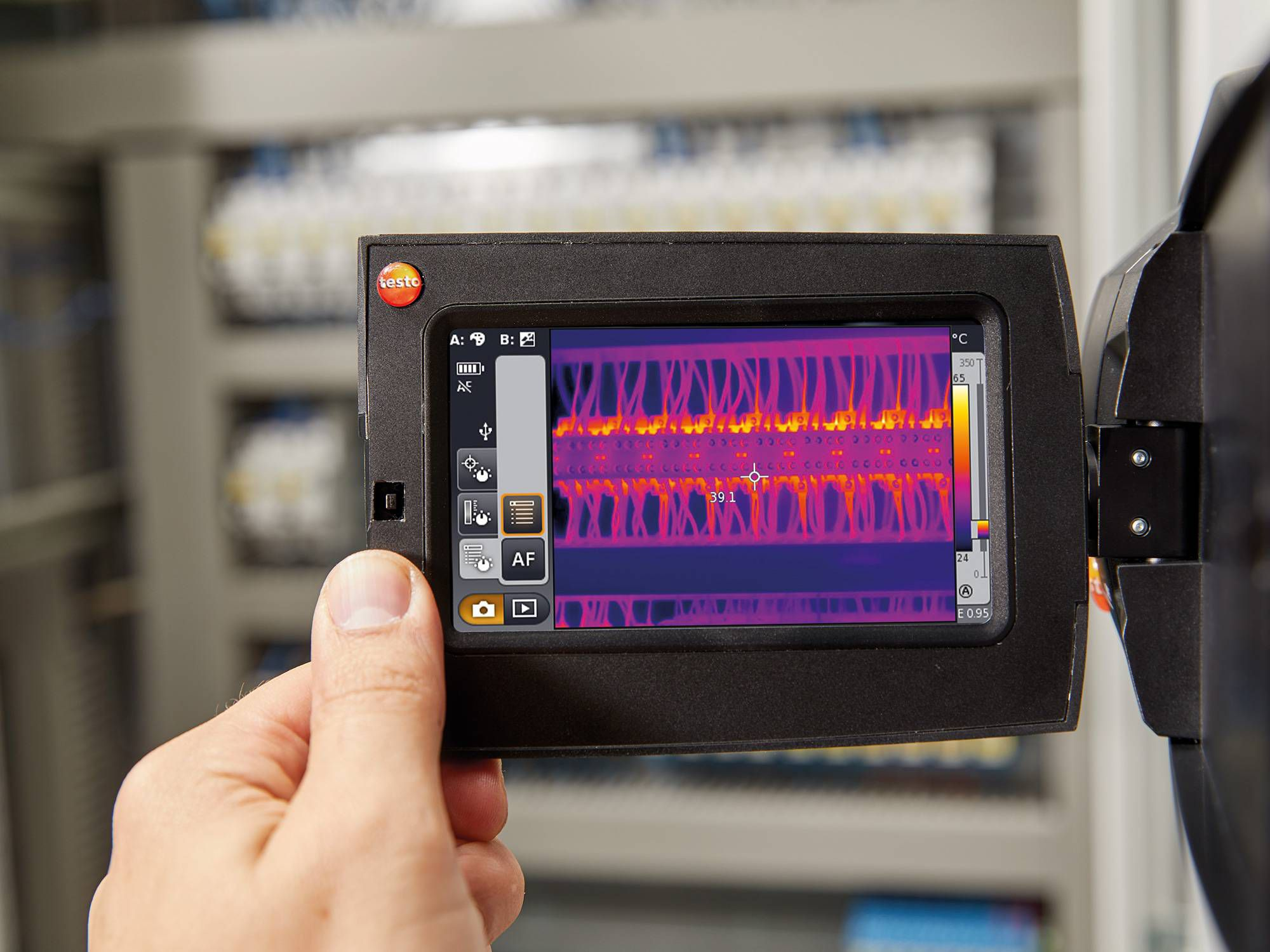 Maintenance with thermal imagers