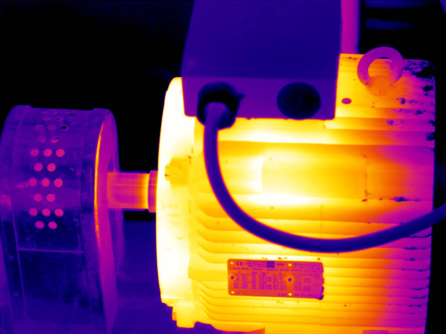 thermography-mechanical-component-2000x1500.jpg