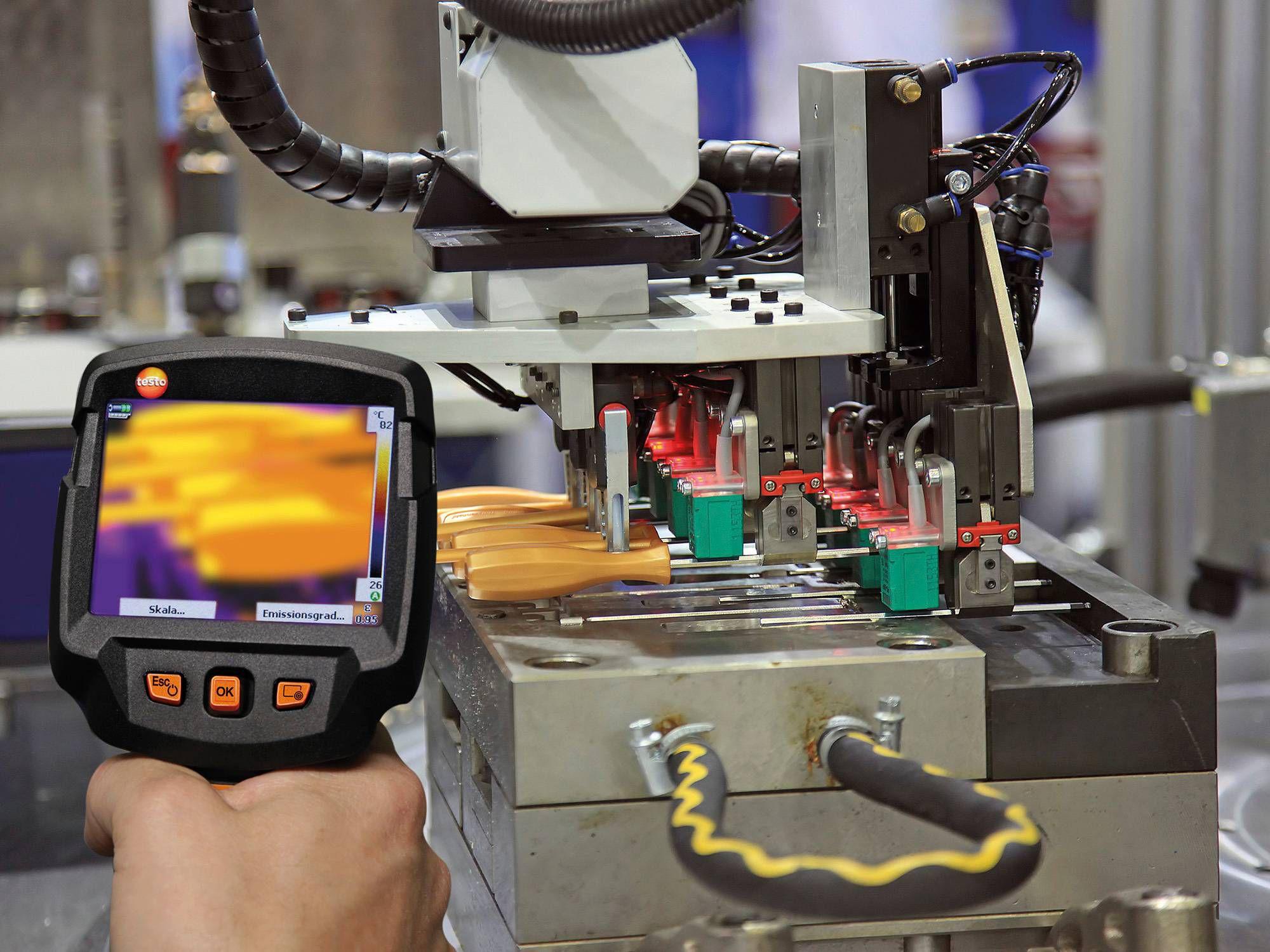 Minőségellenőrzés és garancia hőkamerákkal