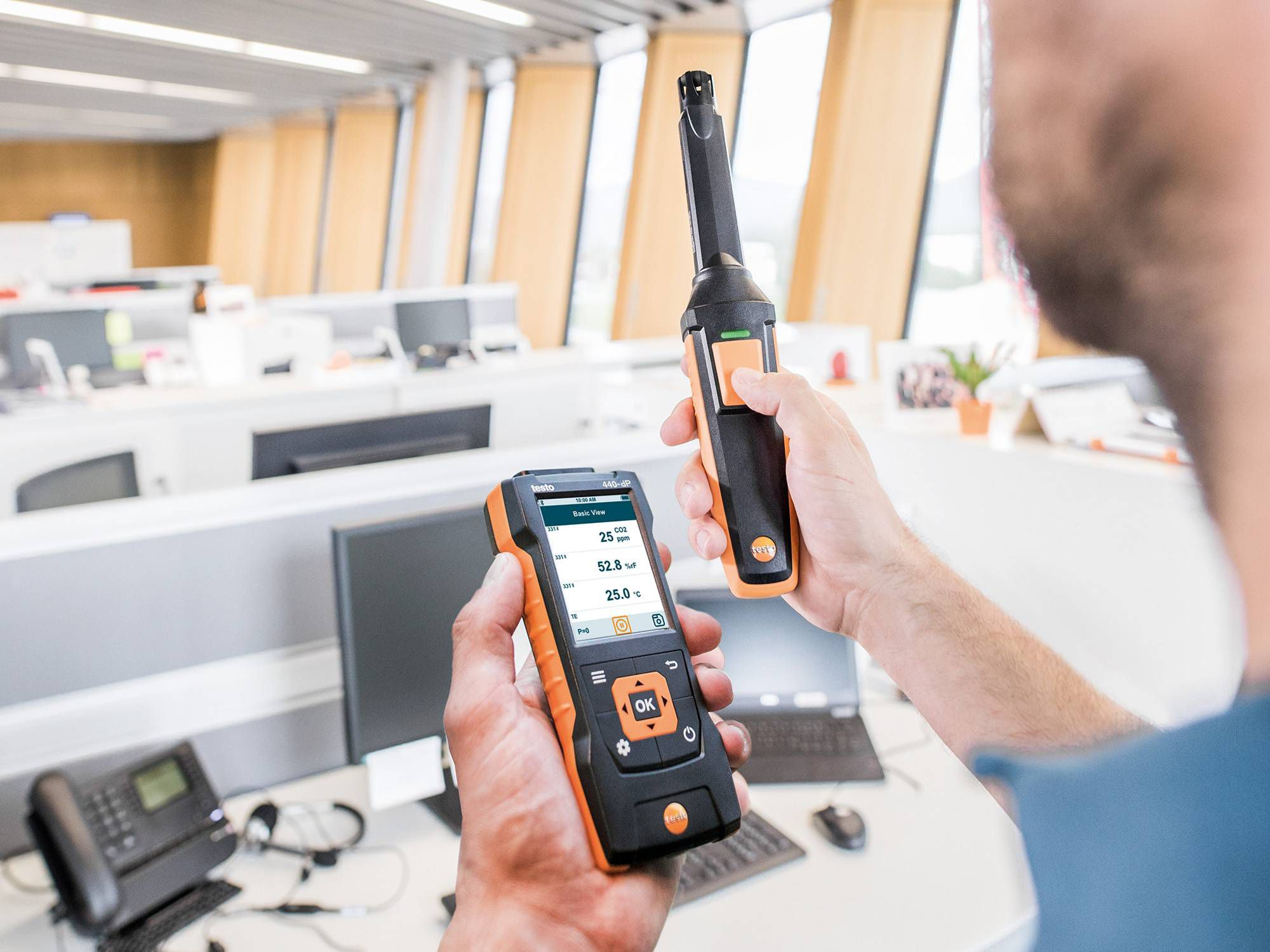 Measuring CO₂ with the testo 440
