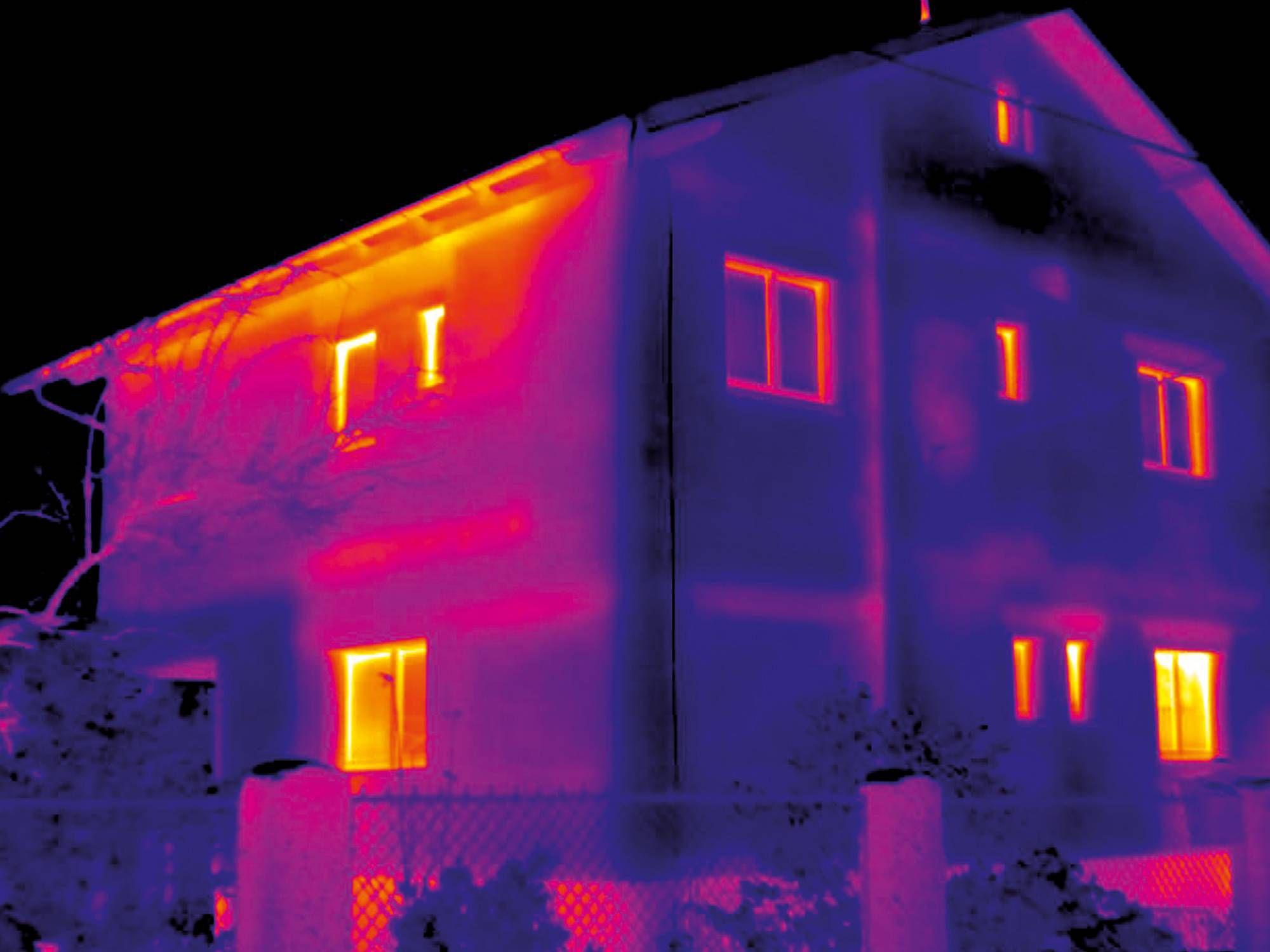 Thermal imager testo 871 - Detecting structural defects and ensuring building quality